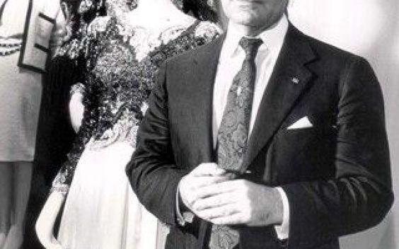 GLI OTTANT'ANNI DI KARL LAGERFELD #Moda #karllagerfeld #80anni #compleanno