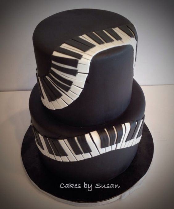 Cake Design Un Piano : Piano key design cake Music Cakes Pinterest A well ...