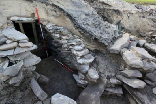Los arqueólogos encuentran en Escocia una extraña construcción que pudo funcionar como una especie de antigua sauna