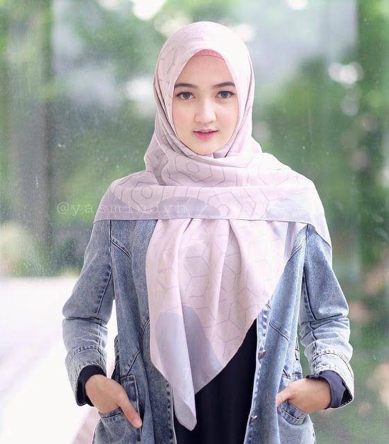 Gadis Berhijab Cantik Jadi Model Hijab Hijaber Smile Beautiful Hijab Muslim Women Fashion Girl Hijab