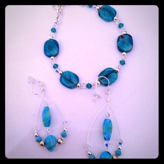 REDUCED!!! Turquoise earring and necklace set Was listed for $15.00 now listed for $7!! Never worn set, beautiful colors. NO TRADES! Jewelry Necklaces