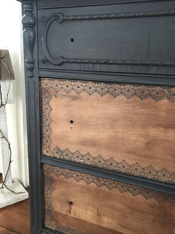 Chalkpainted dresser Revamp stencilled drawers