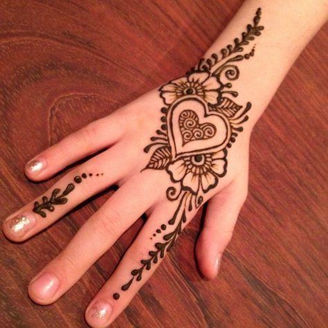 Pin By Hana On Henna Designs Simple Henna Tattoo Henna Tattoo Designs Henna Tattoo Hand