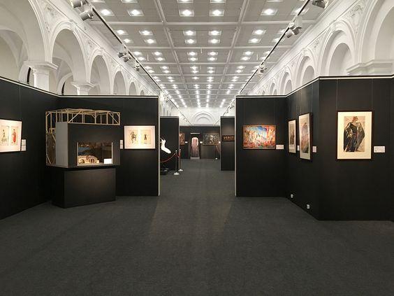 Выставка Большого театра в Калининграде. Фото Жени Шведы