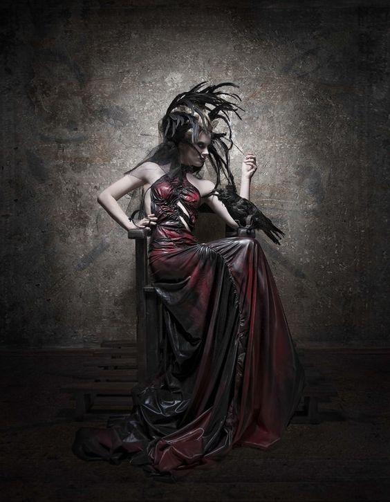 Salvifici Doloris – Sylwia Makris • Dark Beauty Magazine
