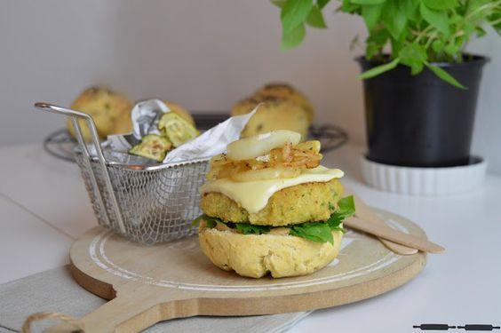 ABOUT VERENA : Mediterrane Burger Buns und Zucchinichips / Mediterranean Burger Buns and Zucchini Chips