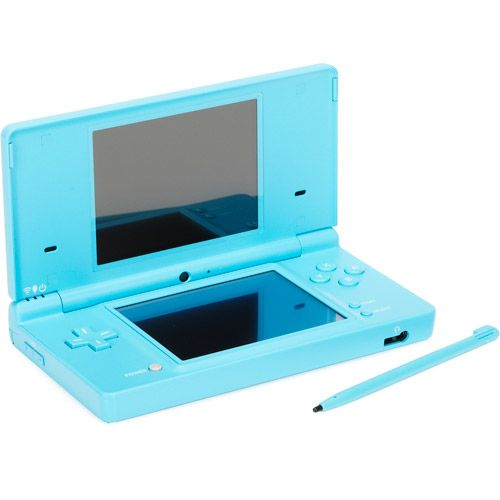 Love my Nintendo DS for those long road trips #SummertoRemember