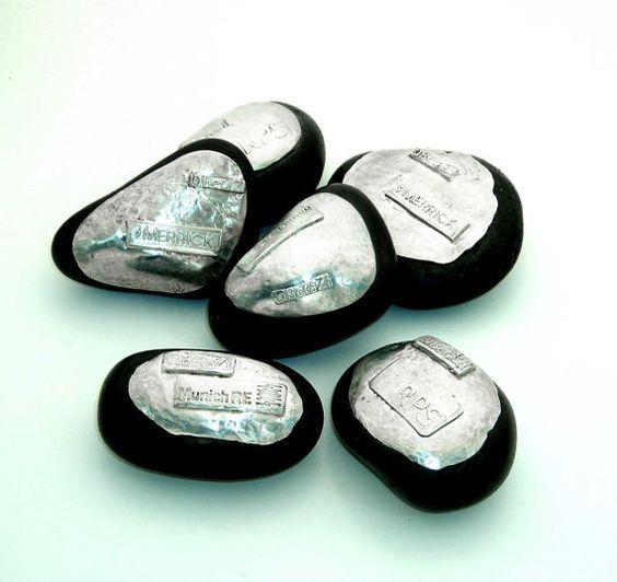 Personalized Logo Rocks in Sterling Silver par TahoeJewelryandArt