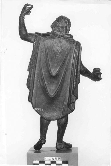 7. Sucellus aus Arc-sur-Tille, paenula, dos