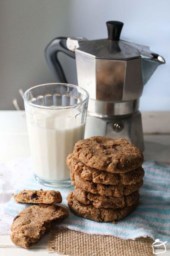 Peanut butter and flax seed vegan cookies www.lapetitecasserole.com