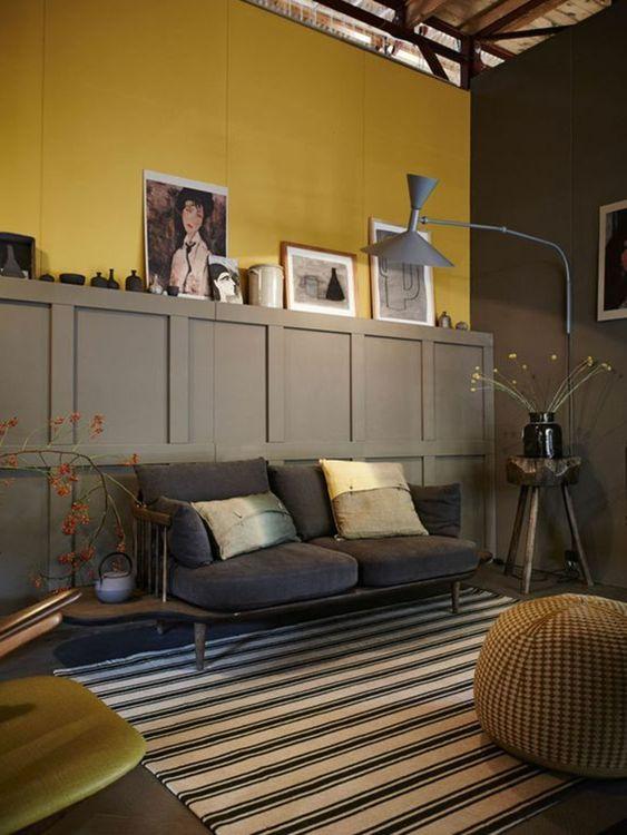 salon jaune et gris buffet gris sofa vintage tapis ray