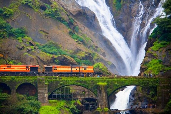 goa dudhsagar waterfalls train