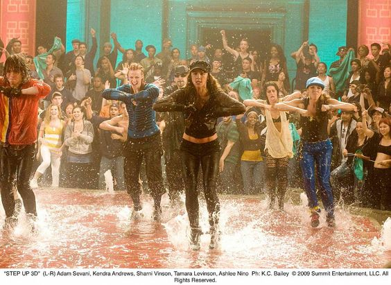 Bailar, así como ver peliculas de baile.