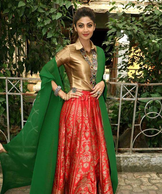 Shilpa Shetty Kundra on sets of her dance reality show 'Super Dance'. #Bollywood #Fashion #Style #Beauty #Hot #Sexy