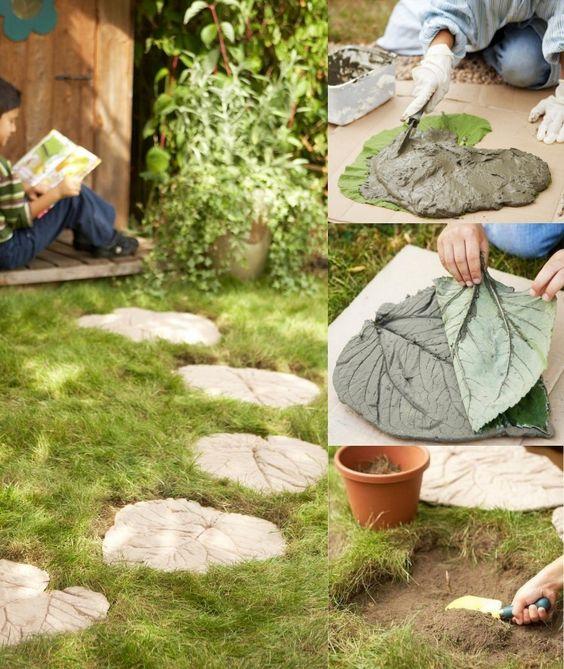 Pflaster für Gartenpfad aus Beton in Blätter-Form selber machen - gartendeko aus beton selbstgemacht