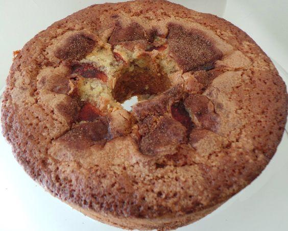 Thanksgiving Apple Cinnamon Coffee Cake