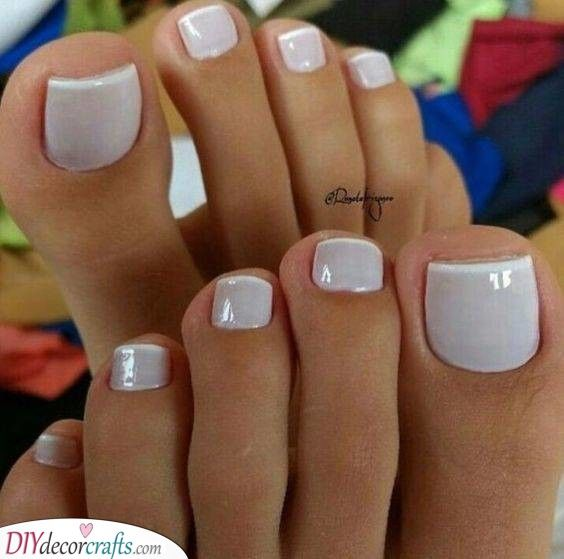 A Simple Touch Gorgeous Pedicure Designs In 2020 Pedicure Designs Toenails Pedicure Colors Cute Toe Nails