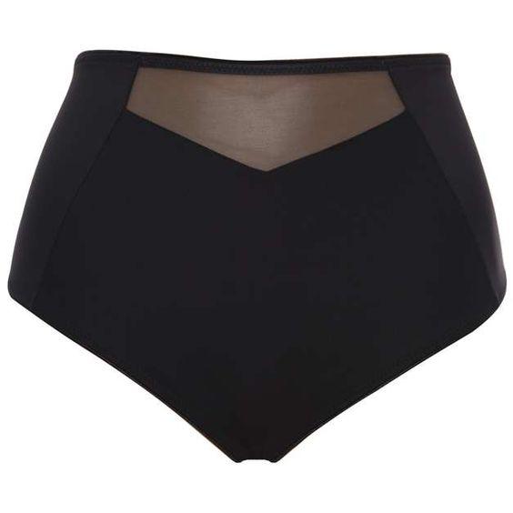 Calcinha modelo Tato, que não marca o corpo, na cor preta, R$ 30, Liz. Informações: (11) 4589-3514 Foto: Divulgação
