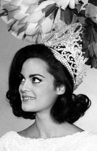 Corinna Tsopei – 1964, Greek