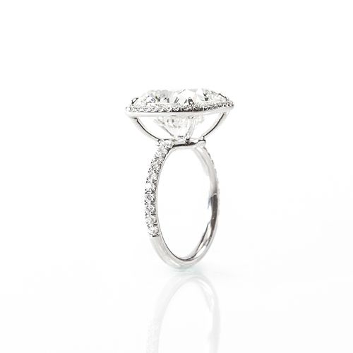 8.62 Cushion cut KSI2 set in platinum and Universal Diamonds classic halo setting