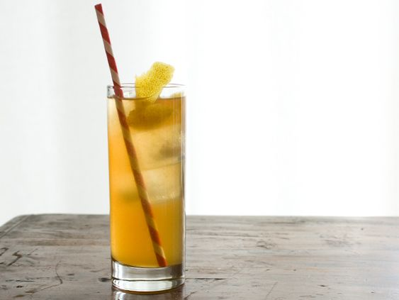 Smoked Iced Tea & Whiskey Cooler