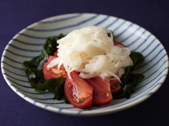 酢たまねぎとトマトわかめサラダ