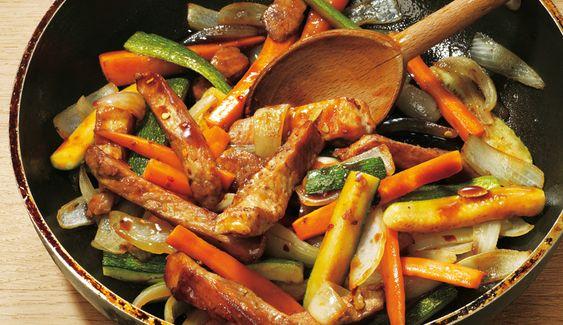 Schweinegeschnetzeltes mit Gemüse