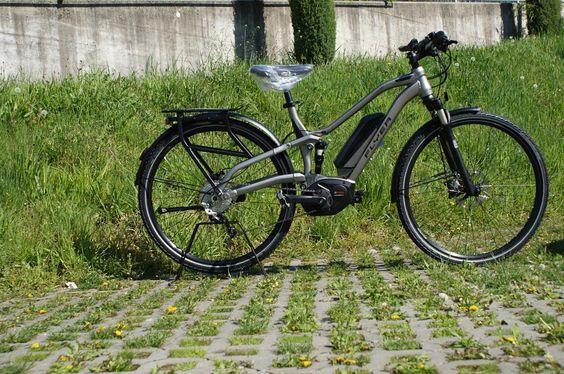 Instagram picutre by @emocgmbh: Letzte Woche sind die 2016 FLYER TX Fullys bei uns eingetroffen. Gerne können Sie diese bei uns testen. Kontaktieren Sie uns unter 0664/4807272 oder besuchen Sie uns in unseren Shop!  #austria #linz #leonding #emoc #emocgmbh #ebike #Flyer @flyer_bikes @boschbikes - Shop E-Bikes at ElectricBikeCity.com (Use coupon PINTEREST for 10% off!)