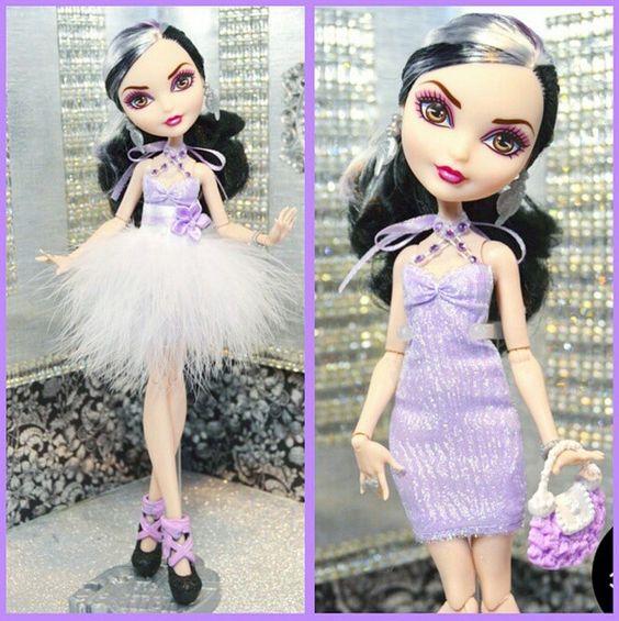 Duquesa swam costume doll