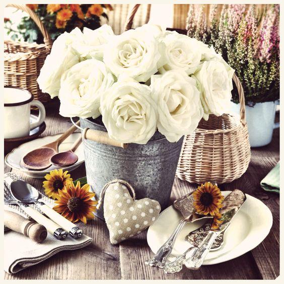 El centro de mesa más romántico #decoracion #flores #color #home #hogar