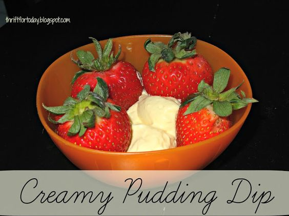 Creamy Pudding Dip #easy #fruitdip #whippedcream #instantpudding