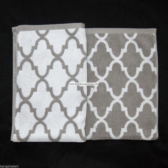 Quatrefoil bathroom towels cynthia rowley quatrefoil for Quatrefoil bathroom decor