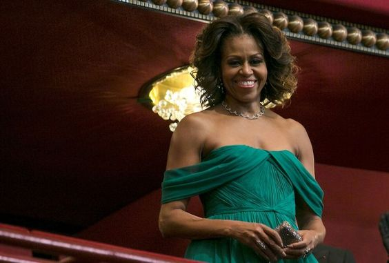 Michelle Obama in Marchesa. Stunning!