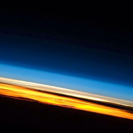 La atmósfera terrestre desde la estación espacial 23 NASA es de Boca!