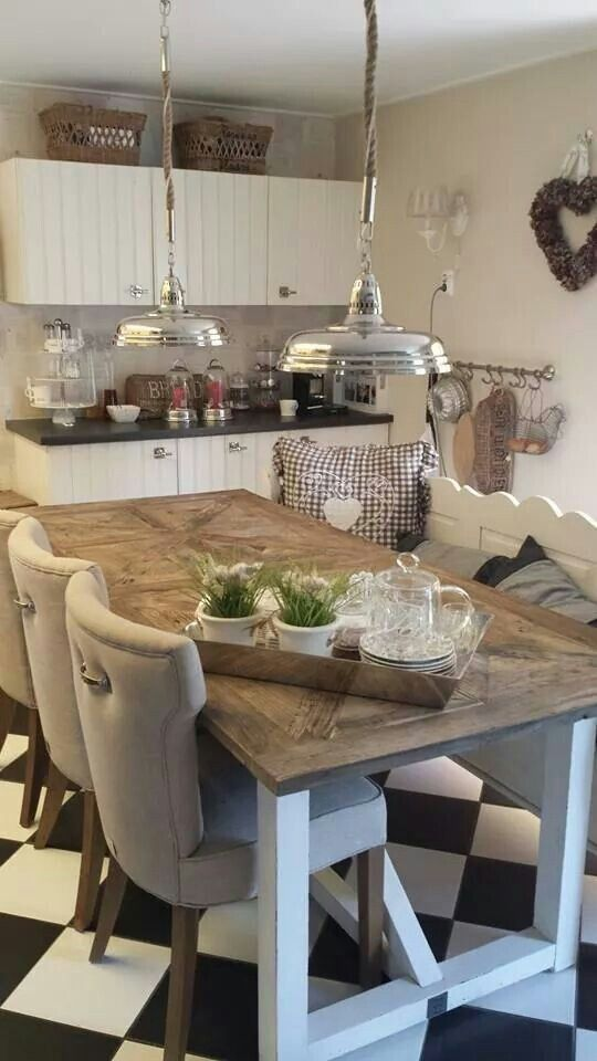 Riviera Maison keuken *TABLE DESIGN FITS CHAIRS BETTER: