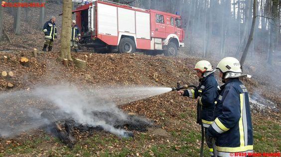 Böschungsbrand in Krumbach #feuer #feuerwehr #wald #fire #firemen