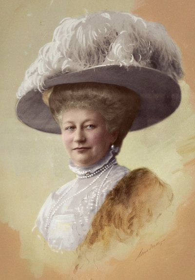"""2nd child of Frederick VIII (1829-1880) Duke of Schleswig-Holstein & Princess Adelheid (1835-1900) of Hohenlohe-Langenburg & 1st wife of Wilhelm II (1859-1941) German Emperor. Empress Auguste Victoria """"Dona"""" (1858-1921) by Krali Aleksandar.1900. As she got older became more assertive in her relationship with Wilhelm II. He also changed & as time went on began to rely upon her more and more. He increasingly saw her as one of the few people he could truly trust."""