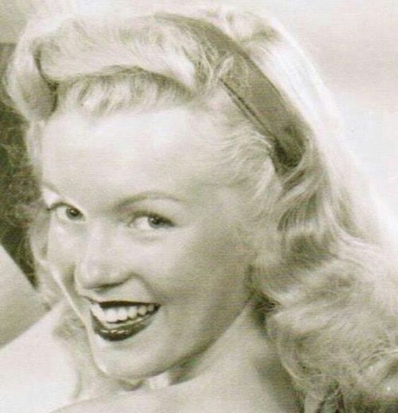 1947 Norma Jeane
