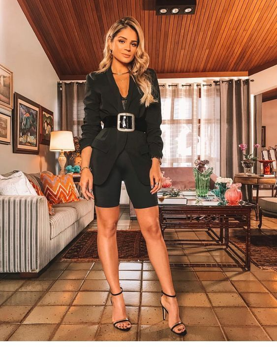 Stylish black outfit | Inspiring Ladies