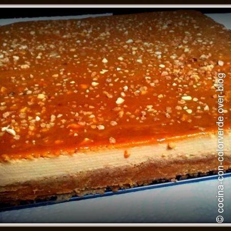 Tarta de dulce de leche y crocante thermomix: http://www.rebanando.com/receta-46731-tarta-de-dulce-de-leche-y-crocante-thermomix.htm