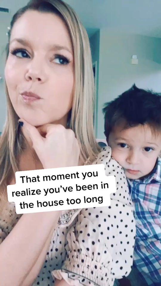 Friends Tiktok Clips Are The Best Ross Janice Oh My Gawwd Corine Ingrassia Corineingrassia Tiktok Mom Comedy Friends Mom Life Funny Memes Memes