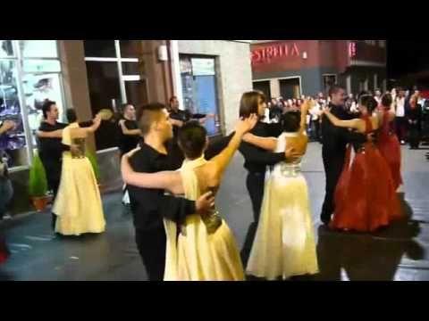 Vals Danubio Azul Otra Forma Youtube Orchestra Prom Music