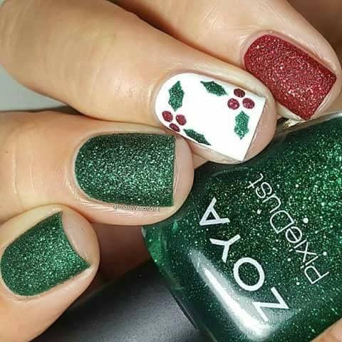Holiday Christmas Green Red Glitter Shimmer White Mistletoe Nails Xmas Nails Holiday Nails Christmas Nails