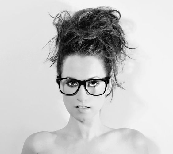 Ingrid Michaelson. Her music is just so chill, and upbeat yet cute and soothing. Love her image as well.