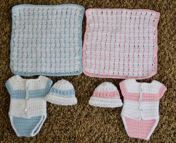 Free Knitting Patterns For Preemie Baby Blankets : Angel babies, Buses and Small blankets on Pinterest
