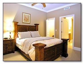 Destin, FL: Condominium, 4 Bedrooms + Bunk Area, 3 Baths (Sleeps 12)    Sleeping Arrangements:   Master Bedroom- King Bed   Guest Bedroom- Queen Bed   Guest Bedro...