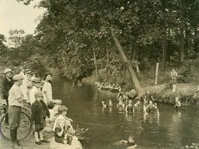 Bronx River 1917...