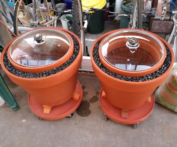 A zeer pot is an evaporative cooler used in rural Africa and the Middle East to keep vegetables fresh. They consist of two terra cotta pots, one neste...