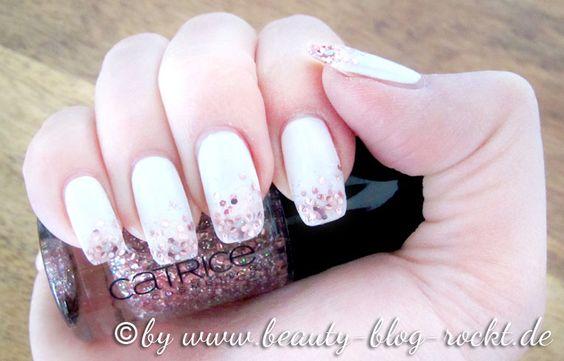 n gel in wei mit rosa glitzer nails white with glitter nails pinterest sch nheit. Black Bedroom Furniture Sets. Home Design Ideas