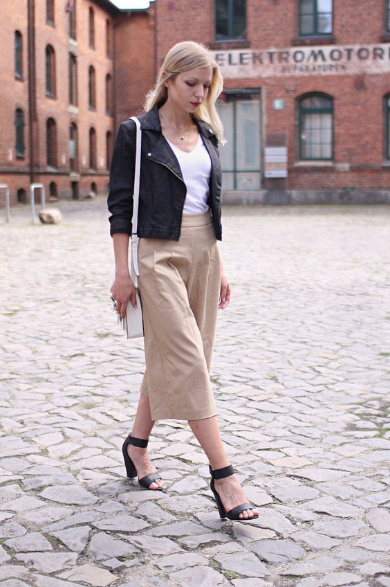 culotte, summer, leather jacket, beige, black sandals, culotte outfit, hamburg, fashion blog